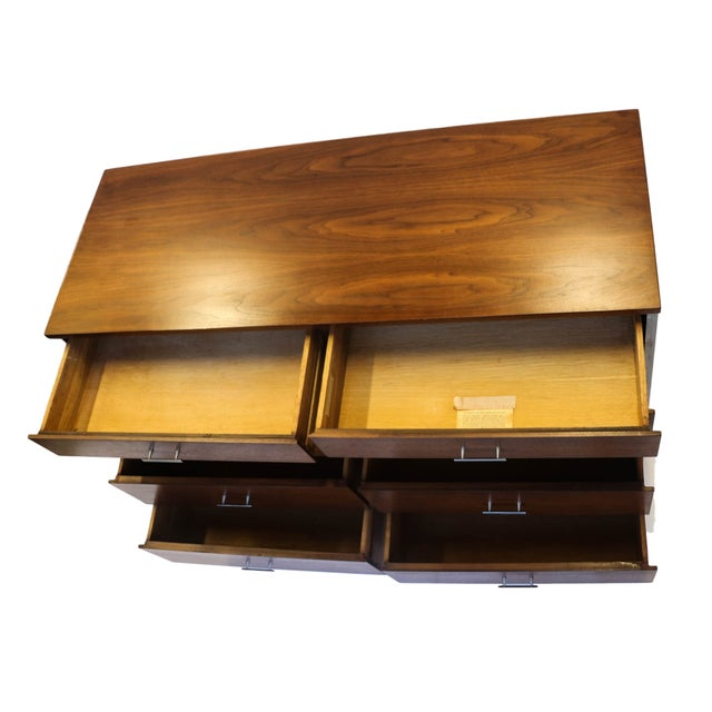 Paul McCobb Mid-Century Walnut Dresser - Image 9 of 10