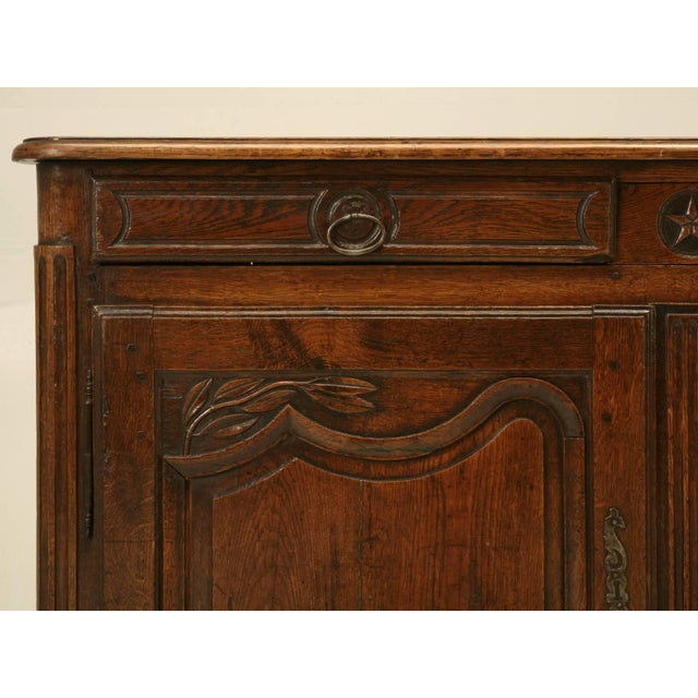 Early 19th Century Antique French Buffet With Star Motif For Sale - Image 5 of 10