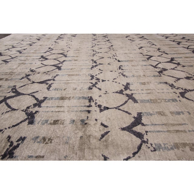 "Apadana - 21st Century Contemporary Indian Rug, 8' x 9'9"" For Sale - Image 4 of 7"