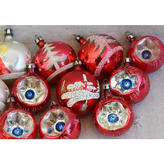Vintage Colorful Christmas Ornaments W/Box - Set of 12 For Sale In Los Angeles - Image 6 of 10