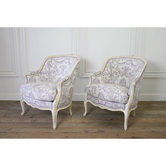 French Vintage 20th Century Painted French Louis XV Style Bergere Chairs- A Pair For Sale - Image 3 of 13