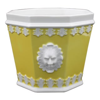 Mid 20th Century Italian Mottahedeh Yellow Planter For Sale