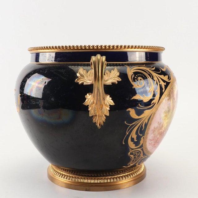 1800s Sevres-Style Cobalt Blue Porcelain & Gilded Bronze Jardiniere For Sale In Greenville, SC - Image 6 of 12