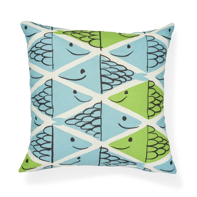 Early 21st Century Schumacher X Vera Neumann Fish School Pillow in Aqua & Leaf For Sale - Image 5 of 6