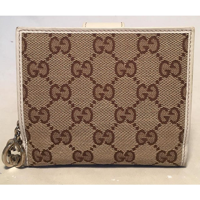 02f7d22df43ee0 TIMELESS Gucci GG Monogram and Beige Leather Wallet with Zip Pocket and Box  in excellent condition