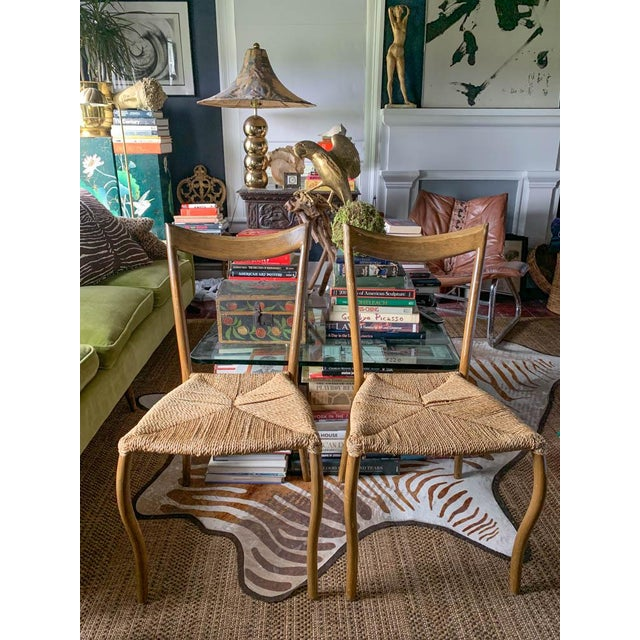 Endless ideas for how to use and where to put these chairs. Mid century, sexy, curvy and just plain pretty to look at....