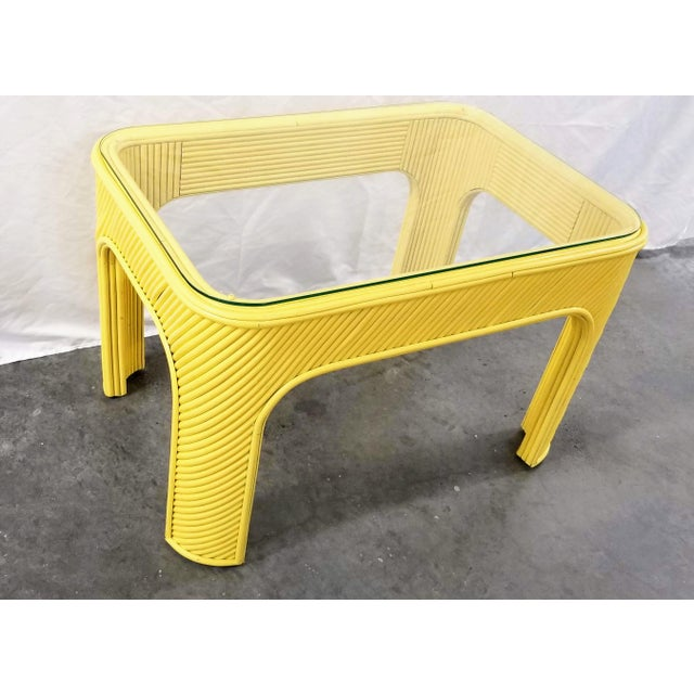 1970s Yellow Pencil Reed Bamboo & Glass Coffee or Occasional Table For Sale In Miami - Image 6 of 6