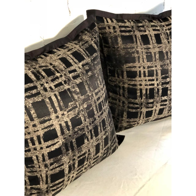 """2010s Pair of 20"""" Black and Gilt Silk Pillows by Jim Thompson For Sale - Image 5 of 11"""