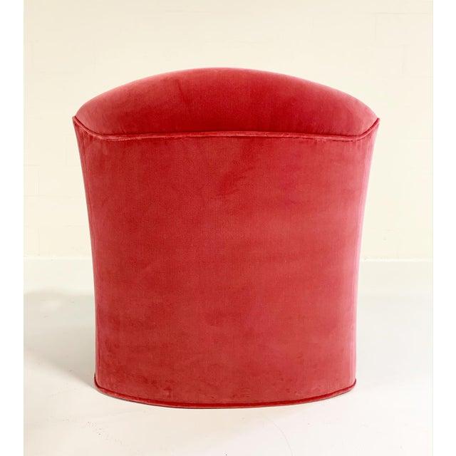 Vintage Vladimir Kagan Style Lounge Chairs Restored in Loro Piana Pink Velvet - Pair For Sale - Image 4 of 9