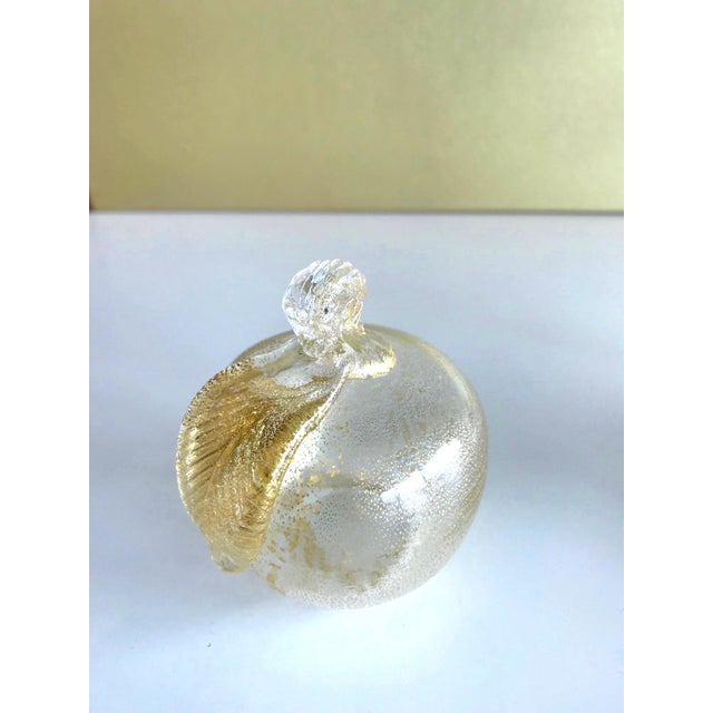 Set of Three Seguso Murano Glass Apples With Gold Flecks For Sale In Miami - Image 6 of 11
