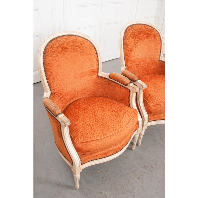 French 19th Century Painted Louis XVI Style Bergères- A Pair For Sale In Baton Rouge - Image 6 of 13