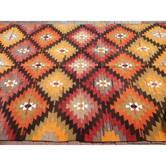 "Vintage Turkish Red & Orange Kilim Rug - 5'2"" X 9' For Sale - Image 4 of 6"