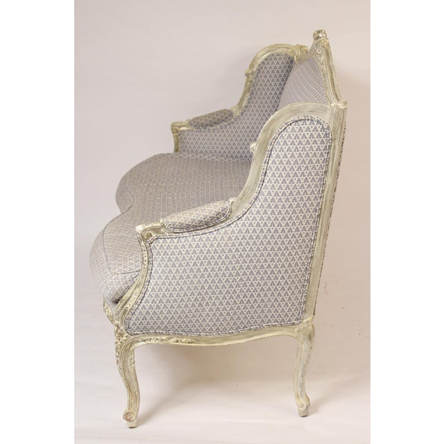 Louis XV 1980s Louis XV Style Silver Leaf and Painted Settee For Sale - Image 3 of 12
