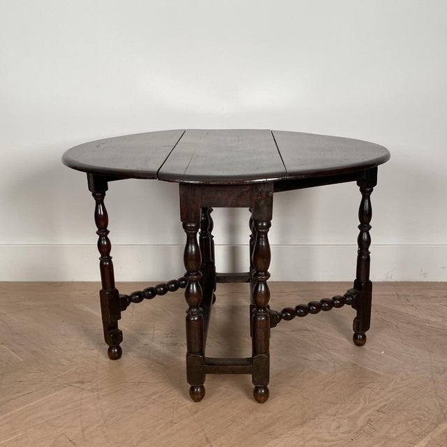 English Vintage English Drop Leaf Table For Sale - Image 3 of 7