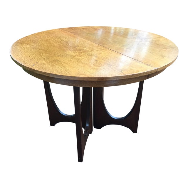 Broyhill Brasilia Dining Table with One Leaf For Sale