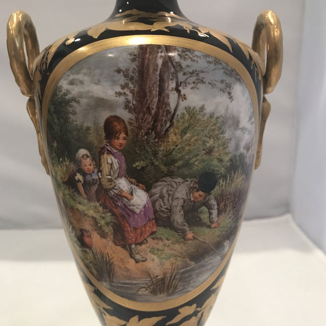 English Traditional 19th Century Royal Worcester Vases - a Pair For Sale - Image 3 of 13