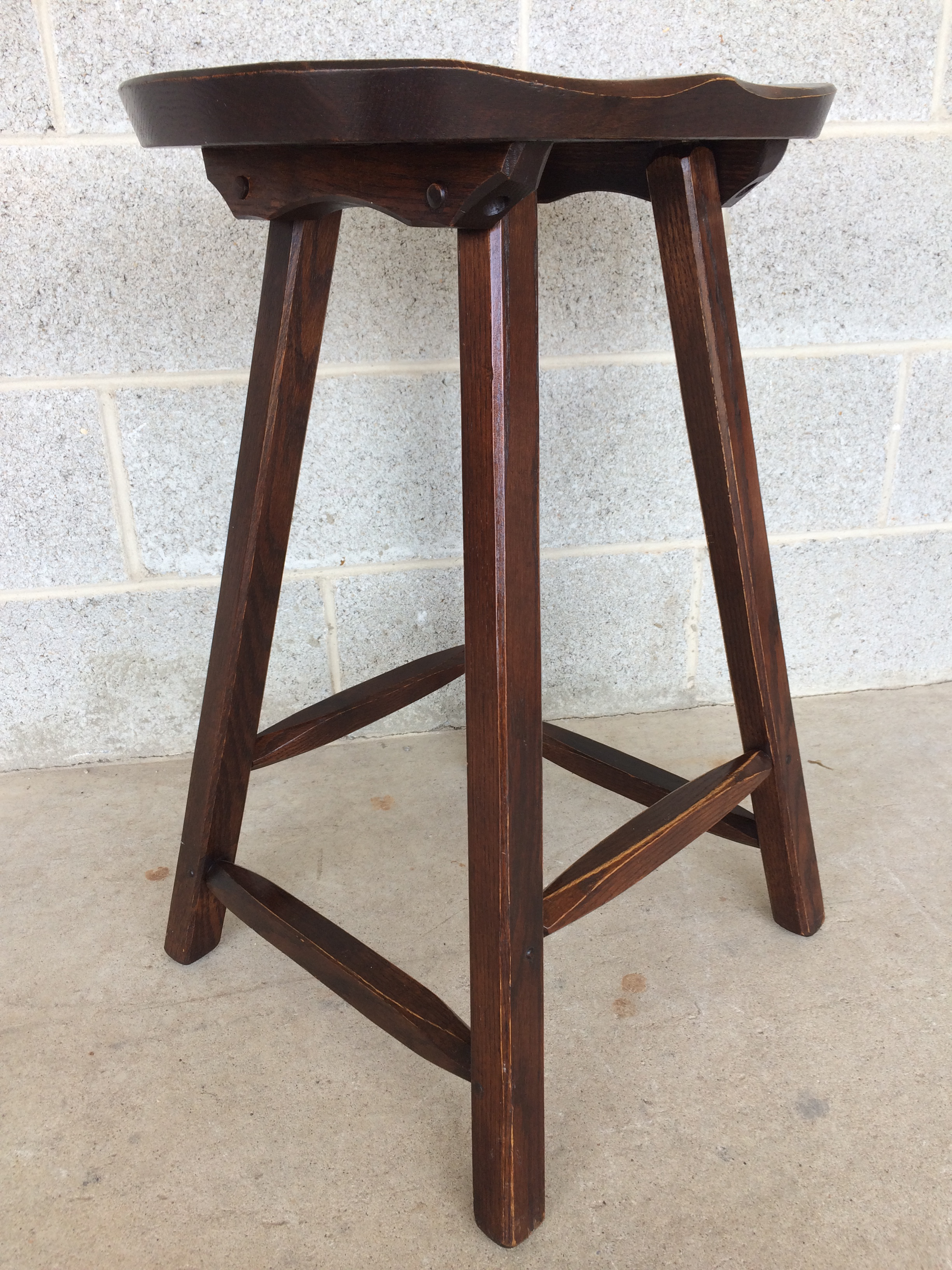 Hunt Country Furniture Counter Stools Set of 3 Chairish : hunt country furniture counter stools set of 3 3714aspectfitampwidth640ampheight640 from www.chairish.com size 640 x 640 jpeg 56kB