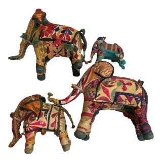 Vintage Rajasthan Embroidered Cloth Elephant Family Figurines - Set of 4 For Sale