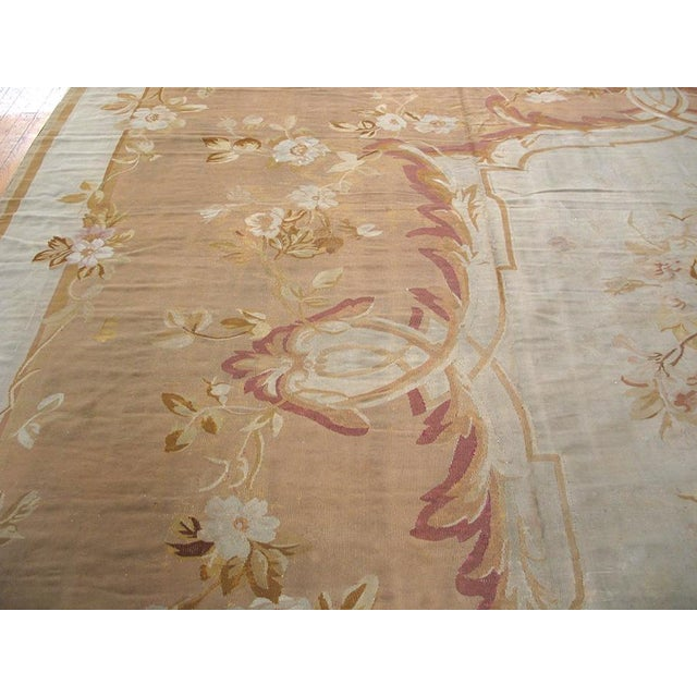 Antique French Aubusson flat-weave rug with floral pattern. Circa 1880.