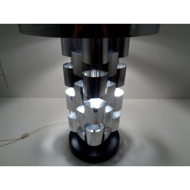 Mid 20th Century Signed Curtis Jere Skyscraper Interplay Chromed Steel Table Lamp For Sale - Image 5 of 12