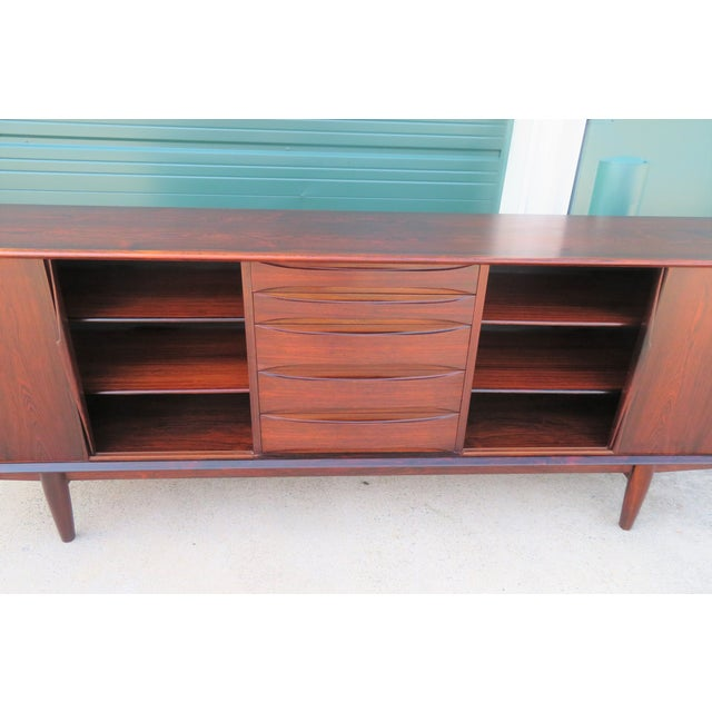 1960s Mid-Century Modern Rosewood Vodder or Omann Style Sideboard For Sale In Richmond - Image 6 of 8