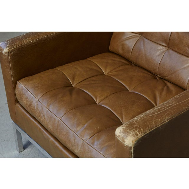 Florence Knoll Tan Leather Button Tufted Lounge Chair, 1970s For Sale - Image 9 of 12