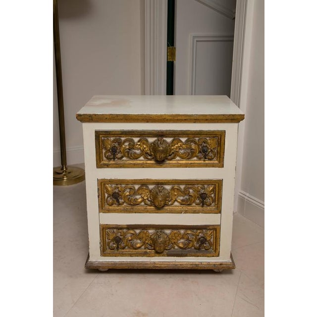 Pair of Italian White and Parcel-Gilt Chests For Sale - Image 4 of 11