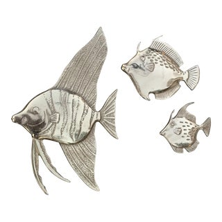 Vintage Brass Tropical Fish Wall Decor - Set of 3 For Sale