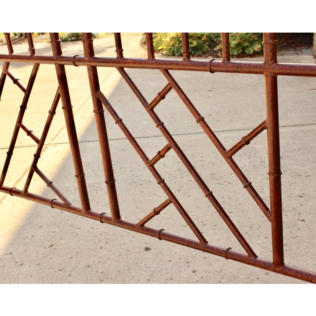Vintage Chippendale Iron Bamboo Fretwork King 4 Poster Canopy Bedframe For Sale - Image 4 of 11