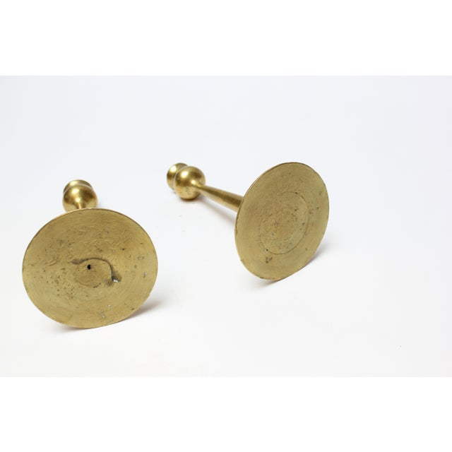 1950s Pair of Petite Mid-Century Modern Turned Brass Candlesticks After Jarvie For Sale - Image 5 of 13