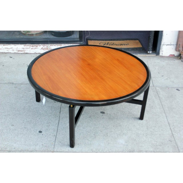 Baker Furniture Company 1960s Mid-Century Modern Baker Furnitue Round Coffee Table For Sale - Image 4 of 13
