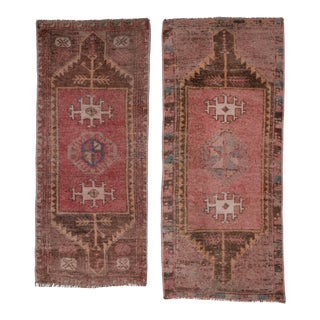 """Pale Color Pair of Small Oushak Rugs, Traditional Handwoven Wool Bath Mats 1'6"""" X 3'6"""" For Sale"""