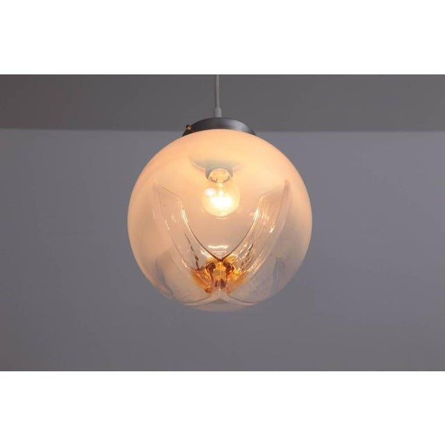 AVMazzega Pendant with Globes of Frosted-to-Clear Glass with Orange Inclusions, Italy 1970 For Sale - Image 4 of 5