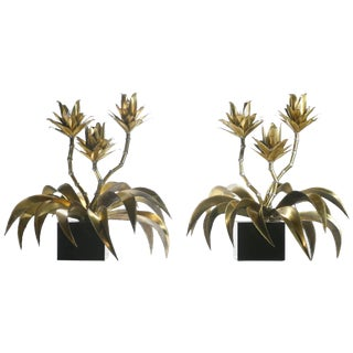 Hollywood Regency Pair of Maison Jansen Brass Flower Lamps, 1970s For Sale