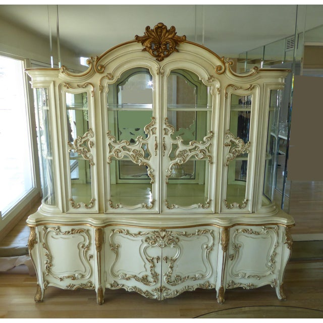 Vintage Rococo French Provincial White Curio China Cabinet ...