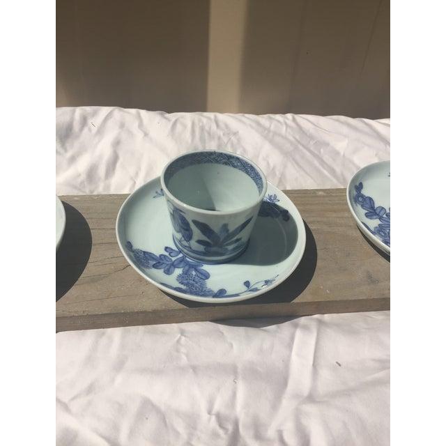 Imari Porcelain 18th Century Edo-Period Japanese Arita Porcelain Dinnerware, 21 Pieces For Sale - Image 4 of 12