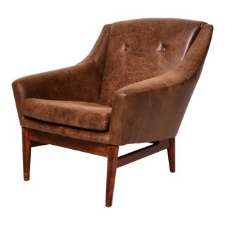 Mid-Century Modern Tobacco Brown Distressed Vegan Leather Lounge Chair For Sale