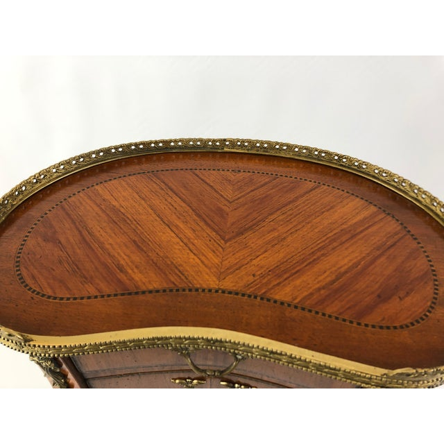 Exquisite Italian Kidney Shaped Inlay Mahogany Nightstand or End Table For Sale - Image 10 of 13