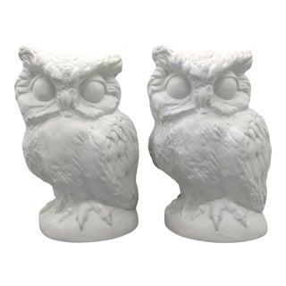 1970s Vintage White Ceramic Owl Figures - a Pair For Sale