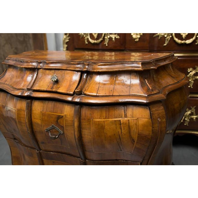 19th Century Pair of Italian Rococo Style Walnut Commodes For Sale - Image 4 of 10