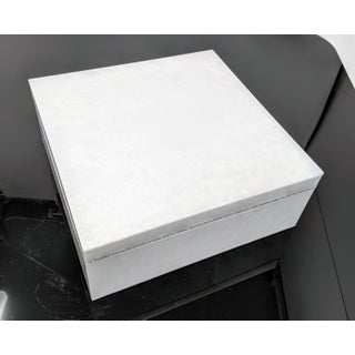 Pearlized Lucite Box With Diamond Edge Preview