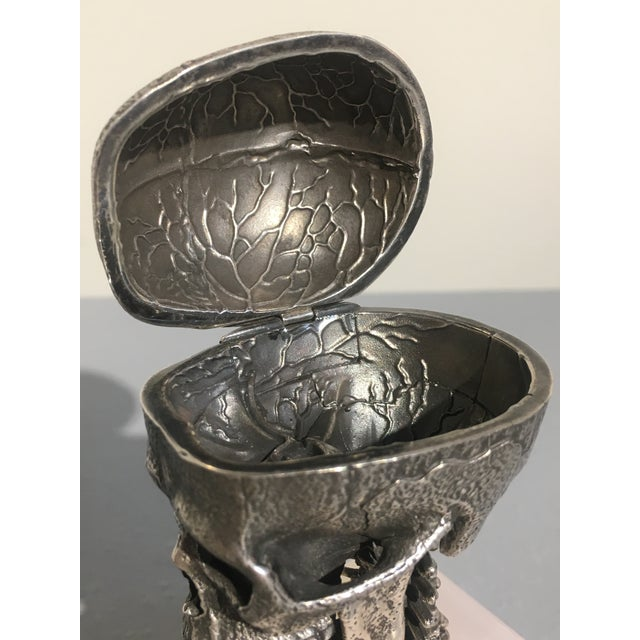 Cast Silver Articulated Model of a Skull with Removeable Brain For Sale - Image 9 of 10