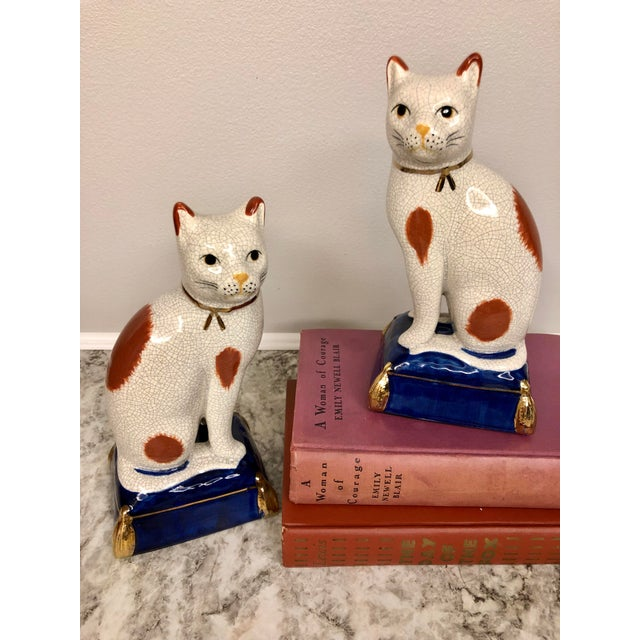 Asian Vintage Fitz and Floyd Calico Cat Bookend Statues - a Pair For Sale - Image 3 of 9