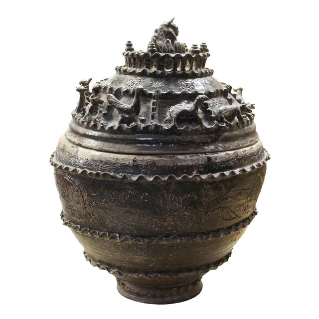 Han Dynasty-Style Ceremonial Jar - Image 4 of 10
