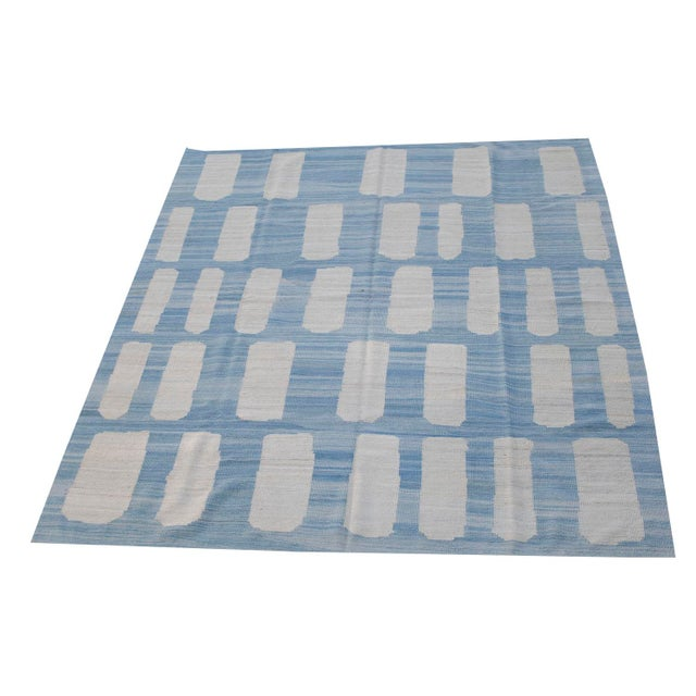Afghan Ivory & Blue Handmade Wool Flat-Weave - 8′5″ × 9′10″ For Sale - Image 4 of 4