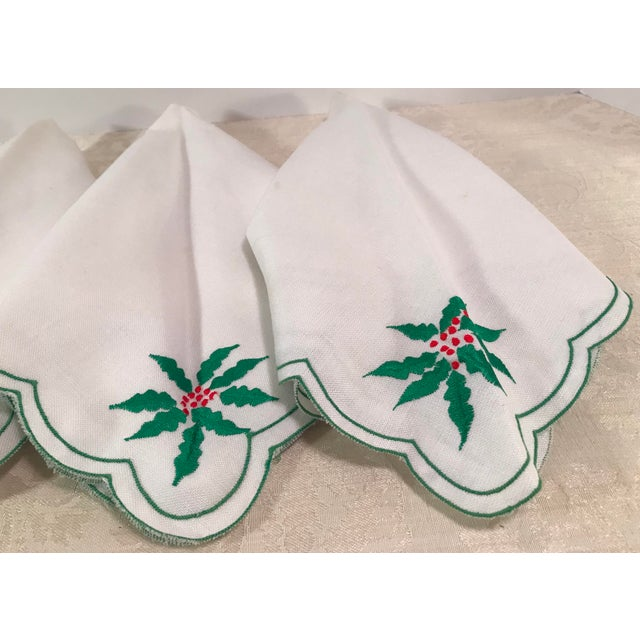 Cottage Vintage Holiday Poinsettia Napkins - Set of 4 For Sale - Image 3 of 7