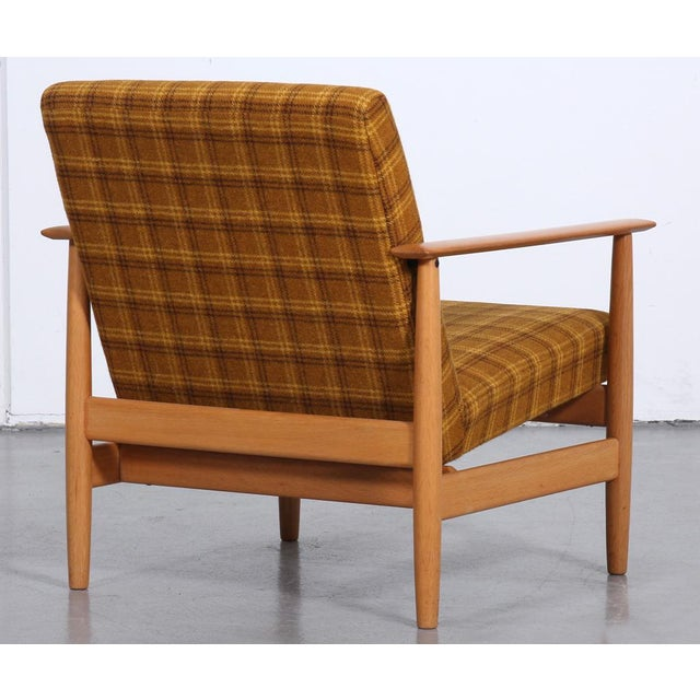 Gold 1970s 'Swan' Corner Sofa and Armchair - 2 Pc. Set For Sale - Image 8 of 10