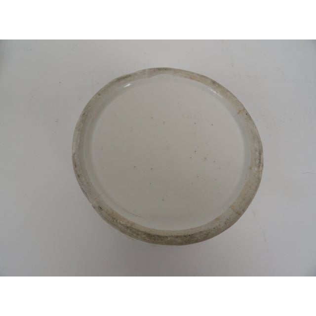 White 1920s Chinese Round Ceramic Box For Sale - Image 8 of 12