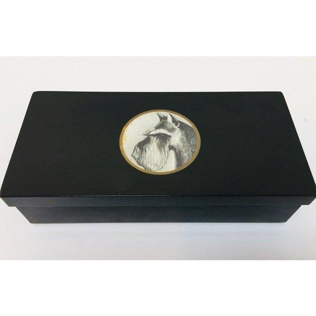 Mid 20th Century Vintage Bakelite Trinket Hinged Box Couroc of Monterey, Scottish Terrier Inlaid For Sale - Image 5 of 12