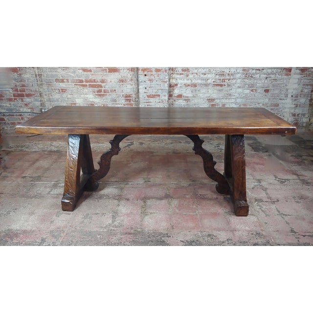 Spanish colonial gorgeous dining table in walnut. A beautiful piece that will add to your décor!
